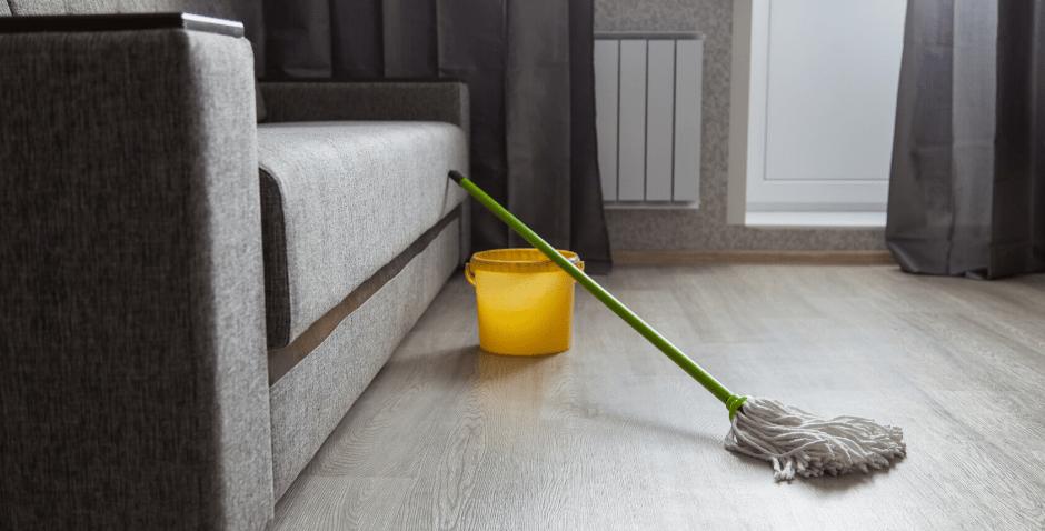 como limpar o piso vinilico corretamente - Plack
